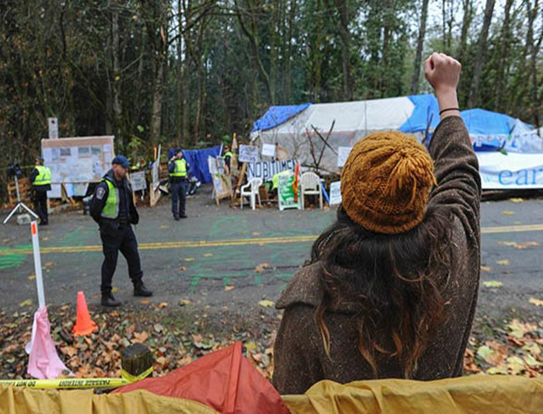 First Nations vow to stand with protesters as Kinder Morgan starts work on Burnaby Mountain