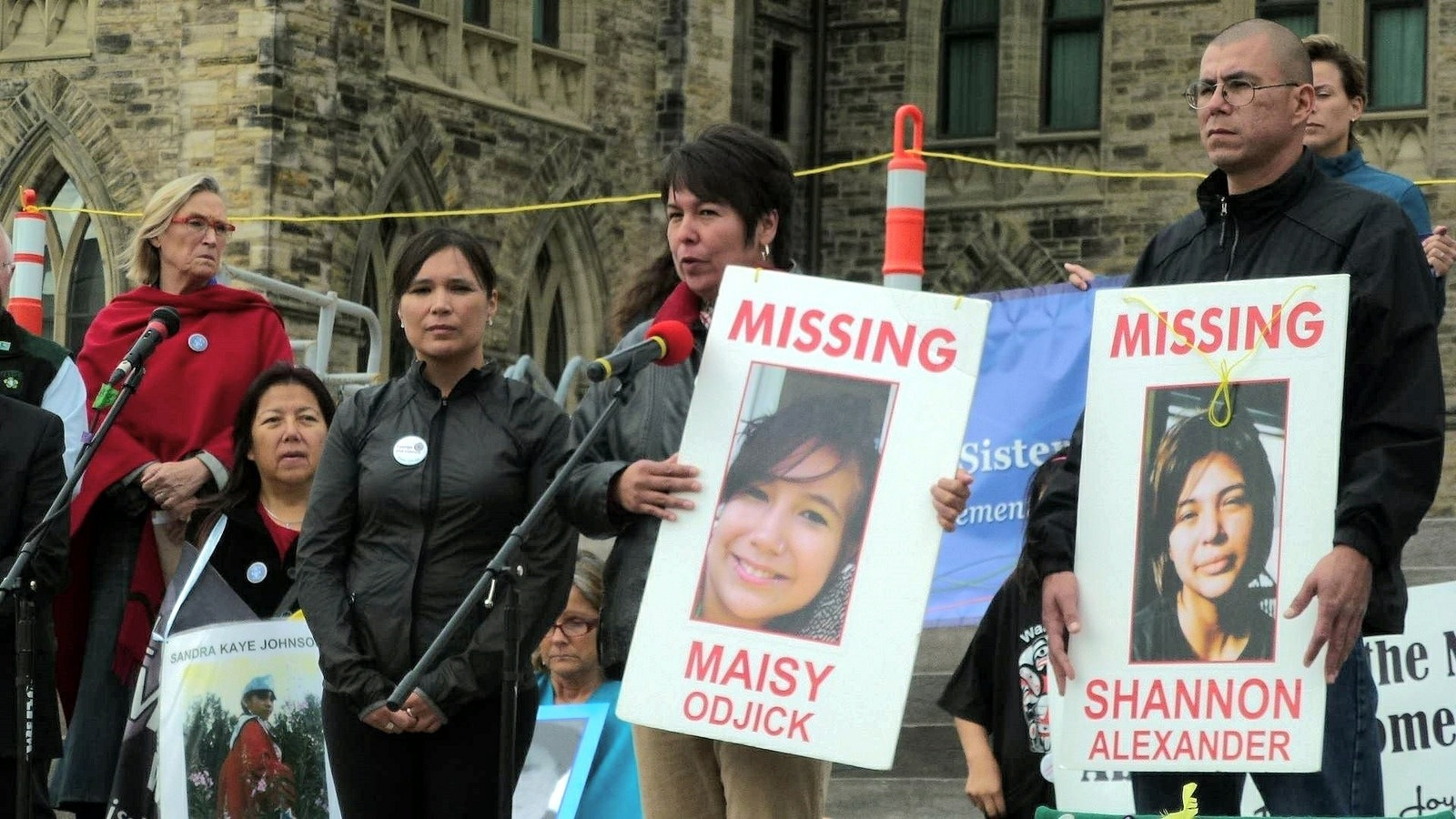The Teenager Calling for an Inquiry into Canada's Missing