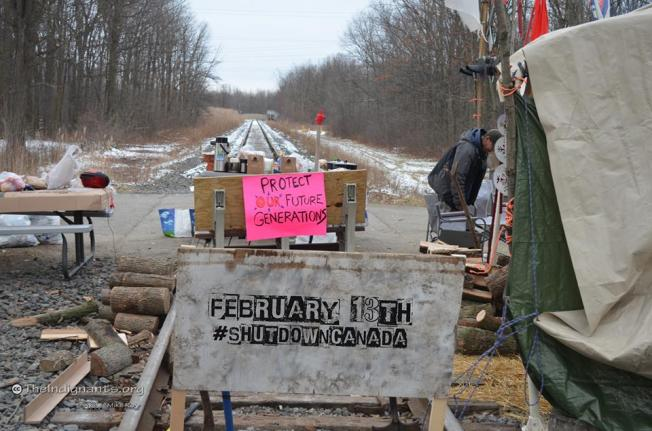 Photo: Facebook By Mike Roy ‎#ShutDownCanada