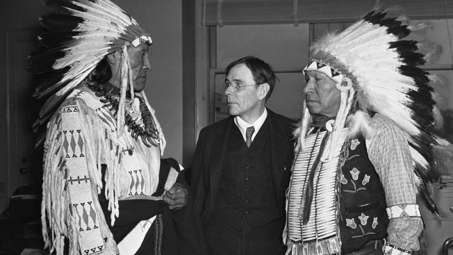Survivors of the 1890 massacre at Wounded Knee visit Washington in 1938 to testify.(AP Photo)