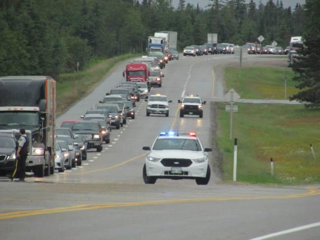 Blockade at Ontario and Manitoba border. Photo: Red Power Media