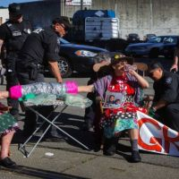 Five 'Raging Grannies' Arrested In Anti-Shell Protest At Terminal 5