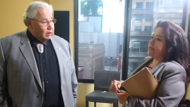 (Truth and Reconciliation Commissioner Murray Sinclair (left) and APTN host Cheryl McKenzie during an interview Tuesday)