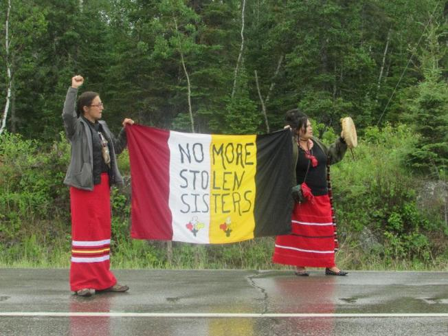 Protesters handed out 1200 informational flyers on missing and murdered Indigenous women and girls at the Ontario/Manitoba border. The flyers informed the public of the violence taking place in Aboriginal communities and the need for a national inquiry. June 19th 2015. File photo: Red Power Media.