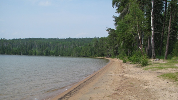 A beach in Grassy Narrows First Nation is shown. (grassynarrows.ca)