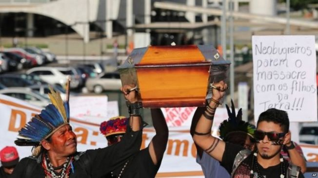 There were protests in the capital, Brasilia, after the death of Semiao Vilhalva