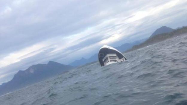 Boat carrying 27 capsizes near Tofino