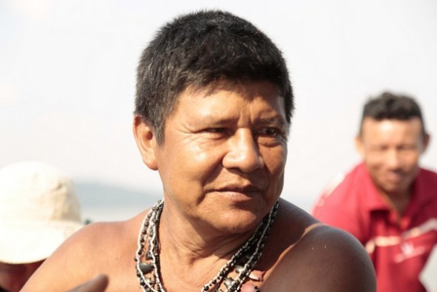 Juarez Saw is the chief of the Sawré Muybu village on the Tapajós River between the municipalities of Itaituba and Trairao in the state of Pará, Brazil. Credit: Gonzalo H. Gaudenzi/IPS