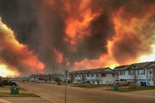 A raging wildfire has forced the evacuation of the entire northern Alberta city of Fort McMurray, and the evacuees of the oilsands city have captured unbelievable scenes as they escaped the inferno. peter_pdp via Instagram