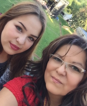 FSIN vice-chief Kimberly Jonathan and her daughter. Jonathan says as a mother of three girls she's horrified at what's taking place in northern Saskatchewan. (Submitted by Kimberly Jonathan)