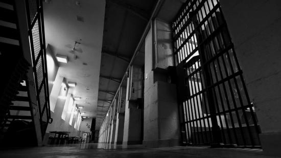 thumbnail_prison