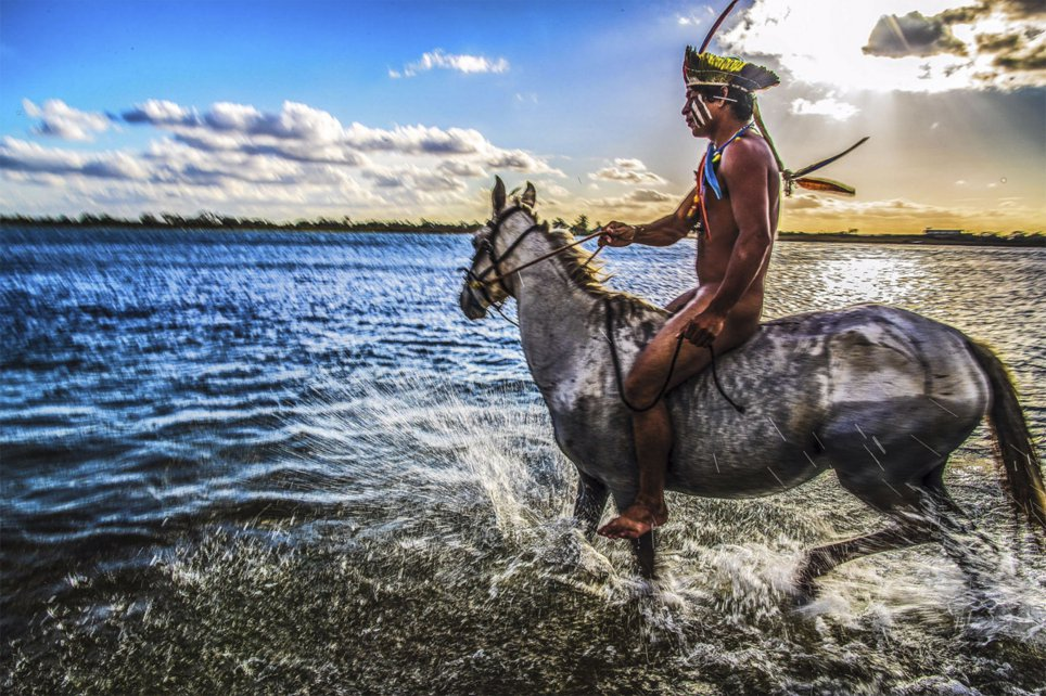 Stunning Photos Show Life of Remote Indigenous Tribes in Brazil