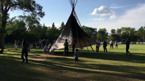 Tipi back up at Sask Legislature days after government officials, police dismantled it